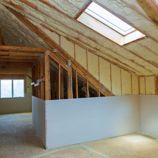 Attic Spray Foam Insulation Brooklyn, NY