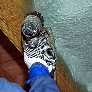 Installing Spray Foam Insulation Brooklyn, NY